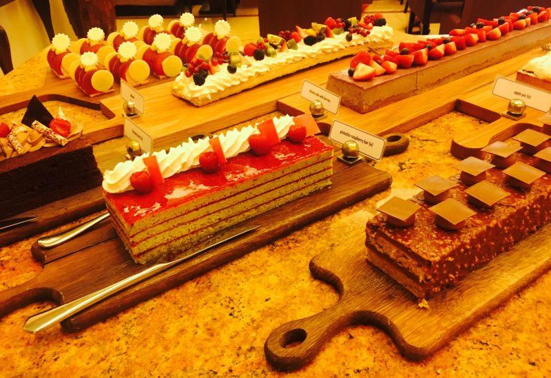Flow-Kitchen-Fairmont-Dubai