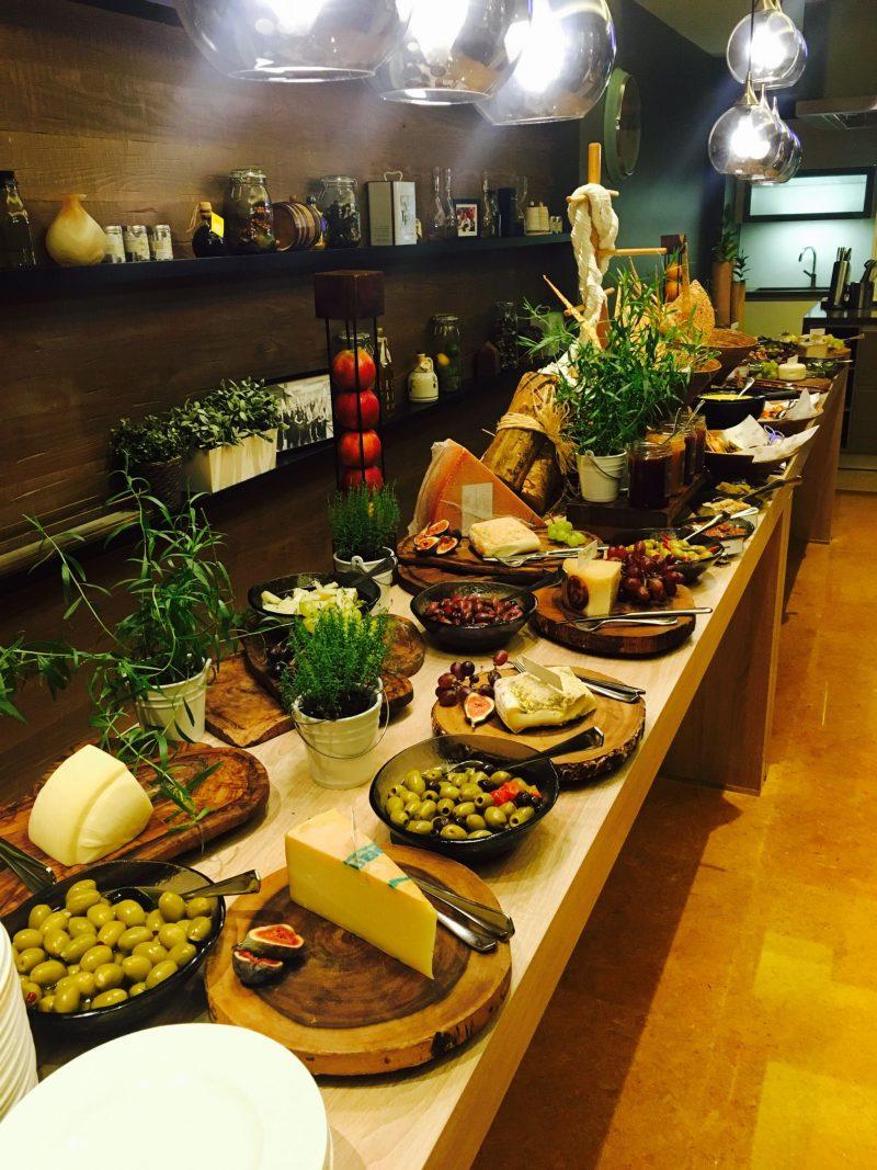 Flow Kitchen, Fairmont Dubai