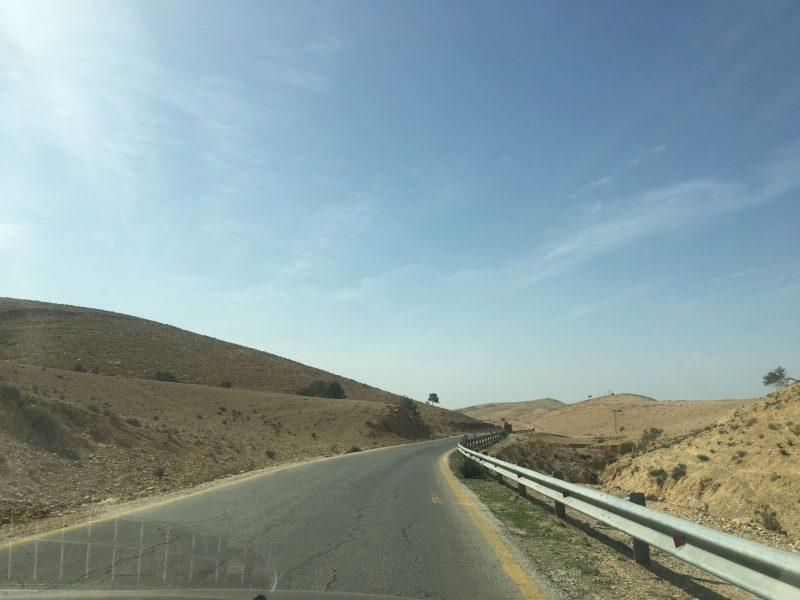 Jordan roads - driving in Jordan
