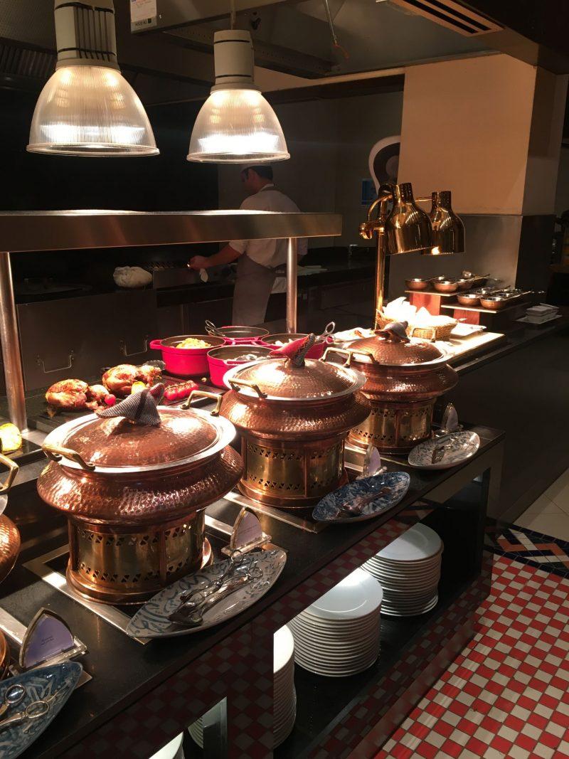 Mains-buffet-Ewaan-Palace-Downtown-Dubai