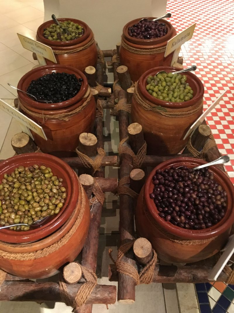 Olives-buffet-Ewaan-Palace-Downtown-Dubai