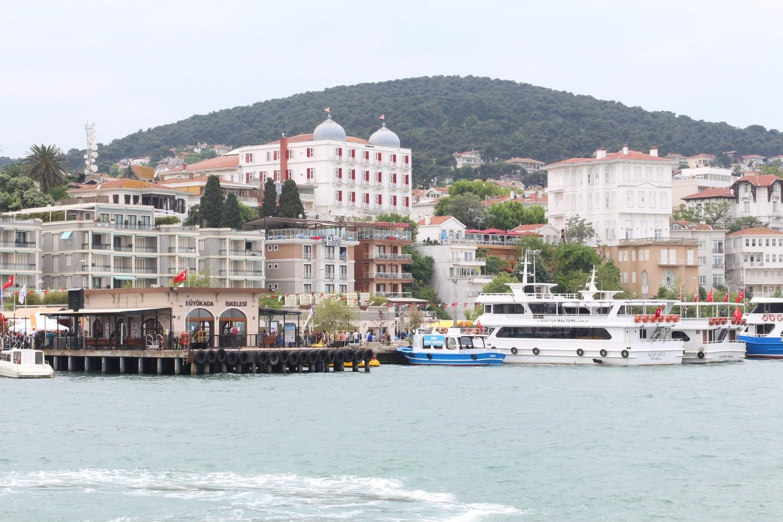 princes-island-istanbul-harbour