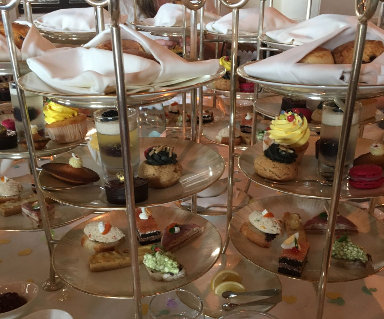 Review: Ritz Carlton JBR, Dubai – Lobby Lounge Traditional Afternoon Tea